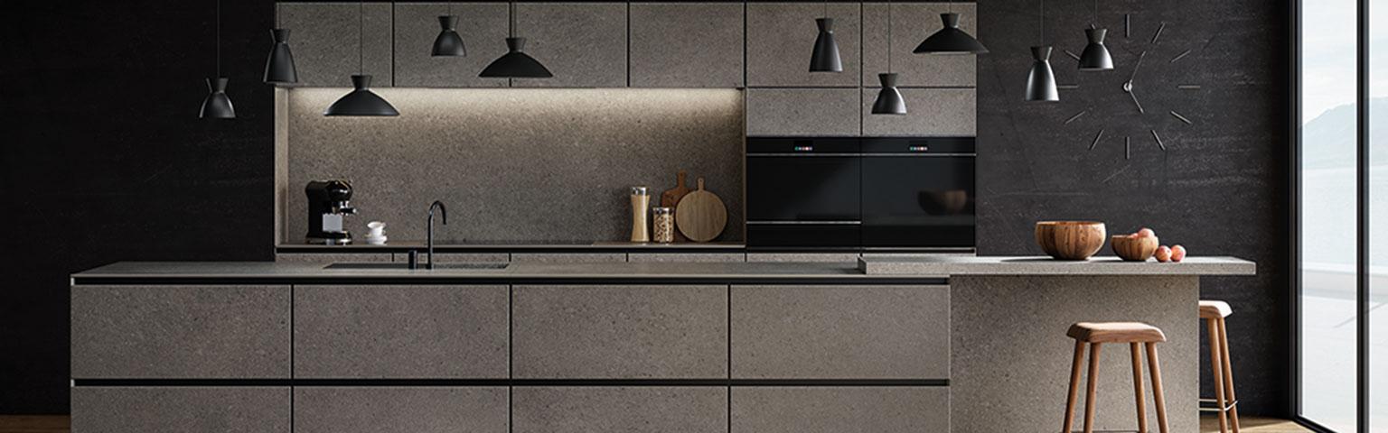 Donkere designkeukens van Eigenhuis Keukens