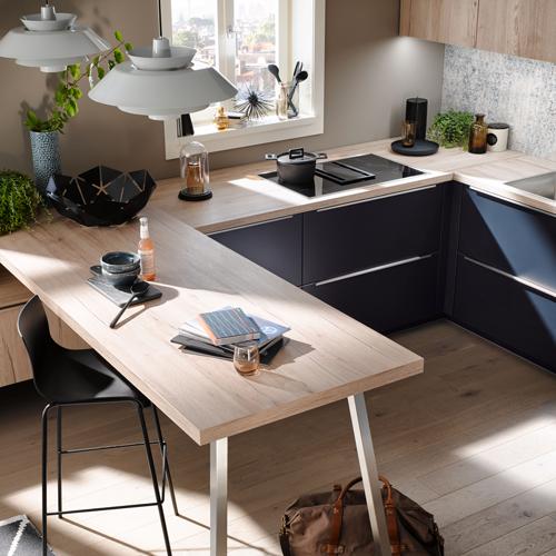 Een kleine u-keuken | Eigenhuis Keukens