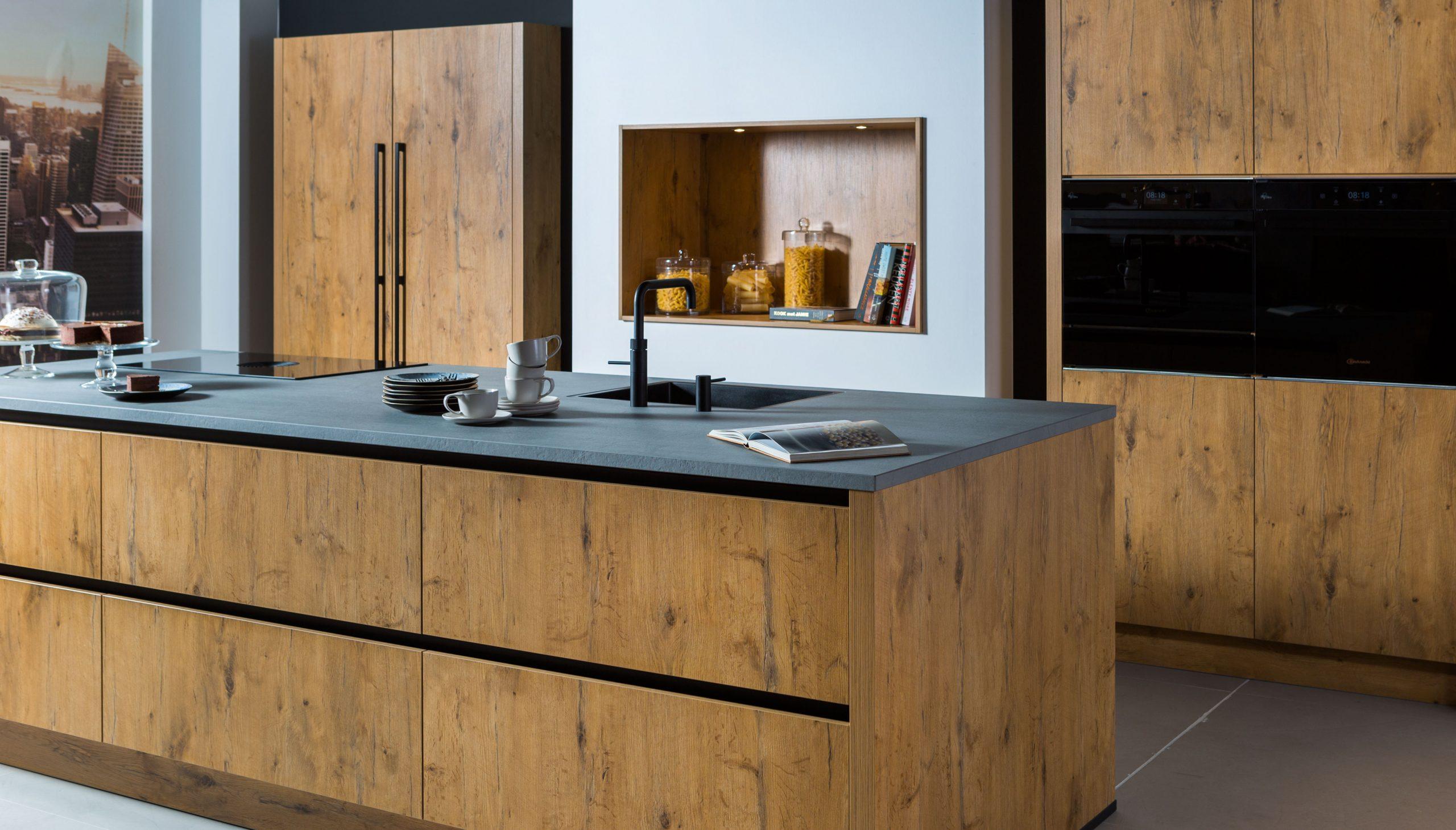 Nieuwe houten ECOOK keuken | Showroom Houten | Eigenhuis Keukens