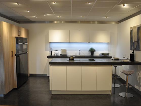 Eigenhuis IQ Eiland keuken met Miele apparatuur