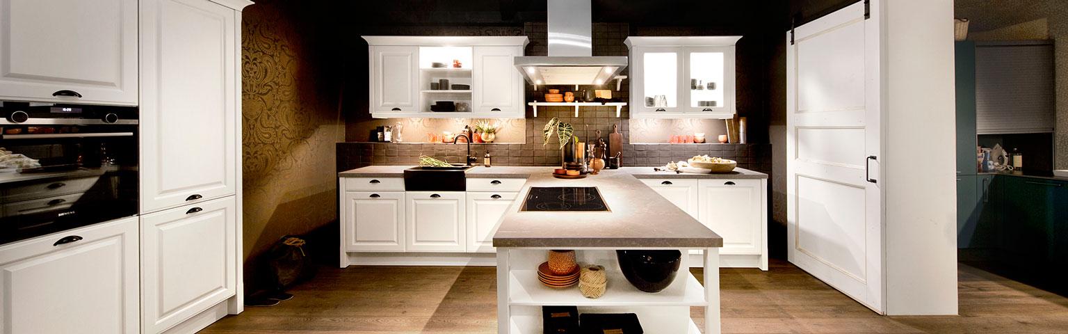 Witte nostalgische keuken | Nieuwe keuken