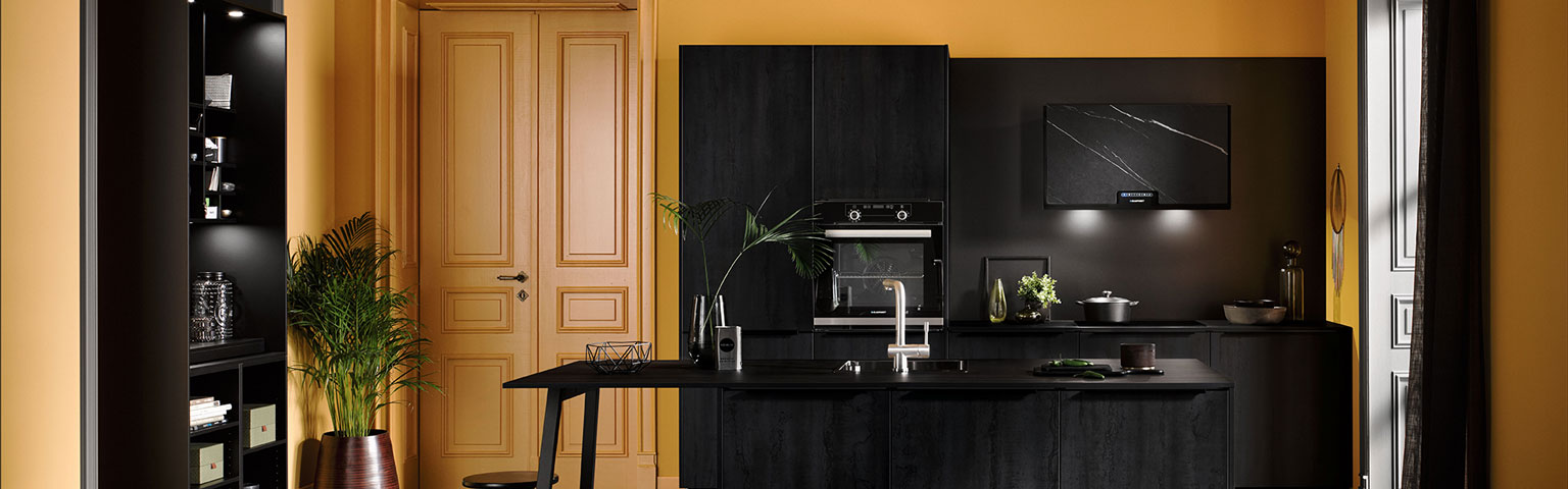 Zwarte ECOOK keuken | Eigenhuis Keukens